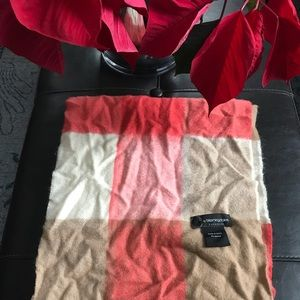 Bloomingdales 100% Cashmere Scarf plaid